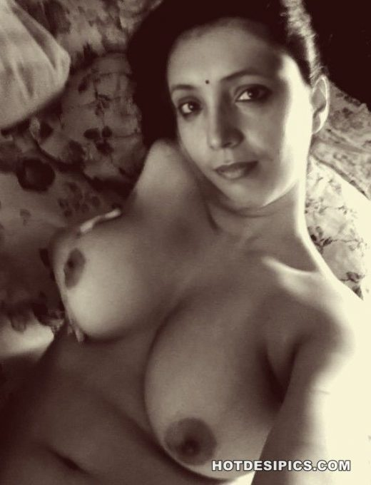 Horny indian housewife nude 005