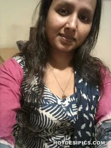 Indian ass and pussy selfies 002