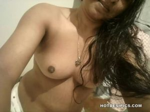 Indian ass and pussy selfies 012