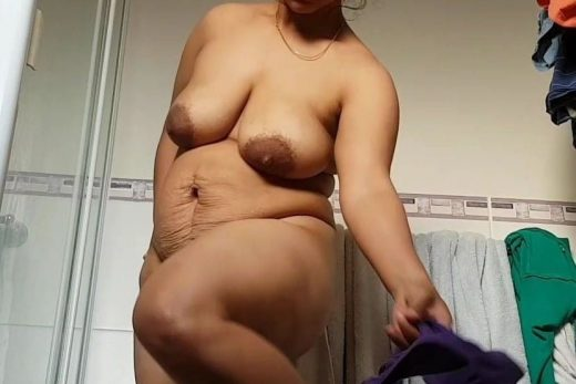 Indian aunty nude ass photos 010