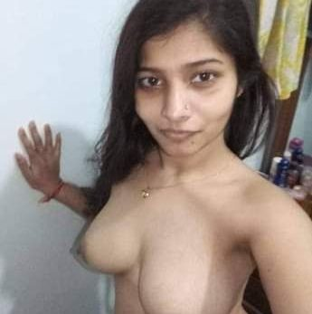 Indian big tits selfies 003