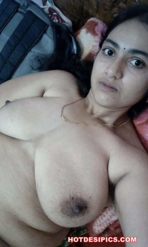 Big boobs indian girl nude photos 004