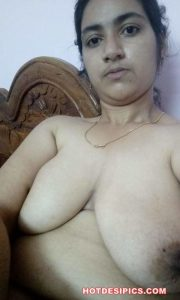 Big boobs indian girl nude photos 006