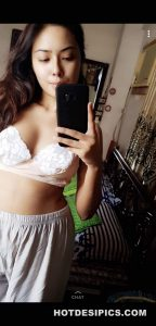 Indian sexy selfies 008