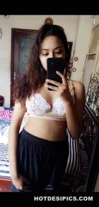 Indian sexy selfies 009