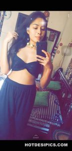 Indian sexy selfies 011
