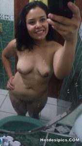 Indian teen nude selfies leaked 003