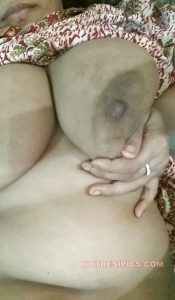 Bhabhi ka xxx nude photos 020