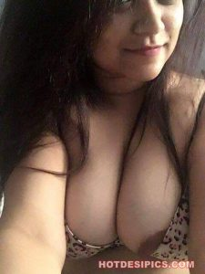 Gujrati bhabhi nude photos 008