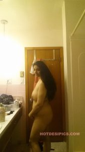 Indian wife nude leaked photos 021