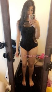 Pakistani nude teen selfies 001