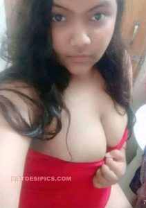 Indian teen nude selfies 001