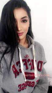 Usa wali indian girl ke lajawab nude selfies