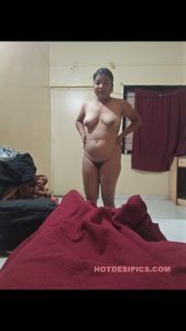 Desi bhabhi nude shower 002