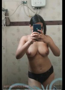 Desi hotwife nude photos leaked from hotel 001