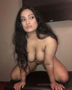 Sexy nri nisha ke adhbut nude photos part lll 011