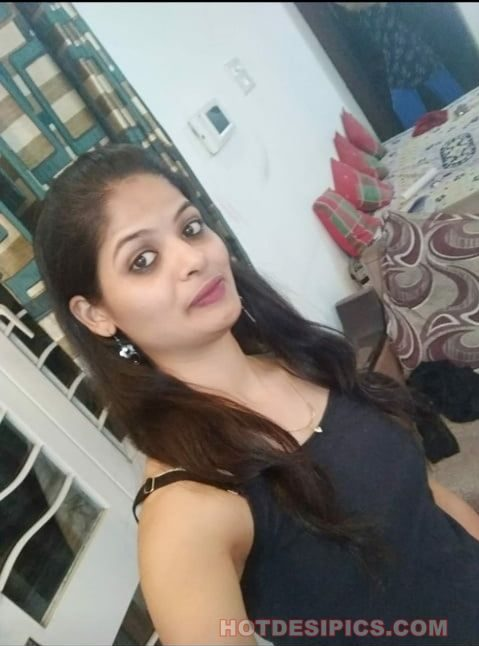 Madhosh beautiful desi teen ke nude selfies collection