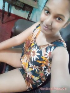 Sexy tamil college girl ke leaked sexy photos 005