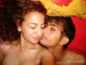 Sexy chasmees indian teen nude selfies bf sang 022