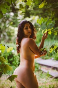 Sexy bomb nri model nude photos professional collection 007