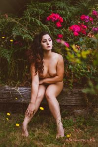 Sexy bomb nri model nude photos professional collection 012