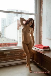 Sexy bomb nri model nude photos professional collection 019